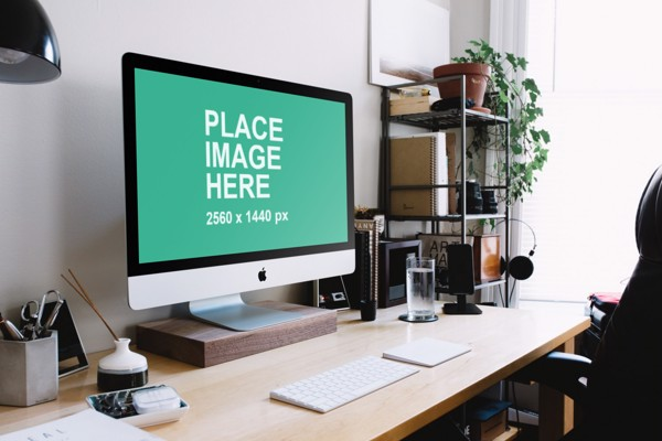 27 inch iMac in home office