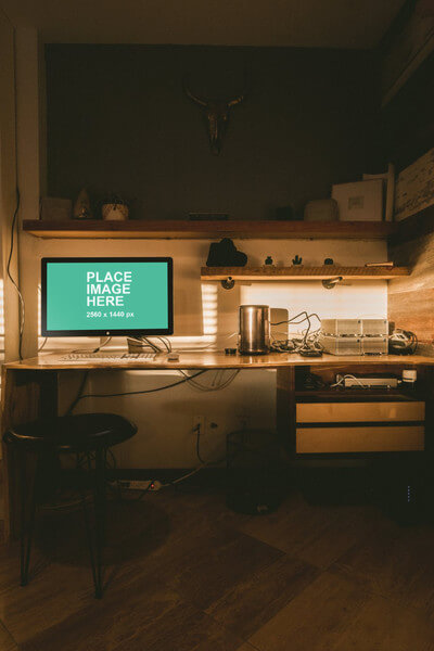 iMac in home office